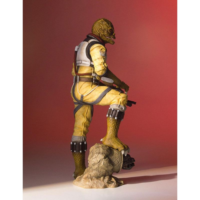 star wars statuette collectors gallery 1 8 bossk gentle giant france figurines. Black Bedroom Furniture Sets. Home Design Ideas
