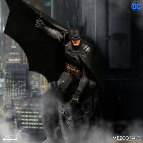 DC Comics figurine 1/12 Batman Ascending Knight Mezco Toys