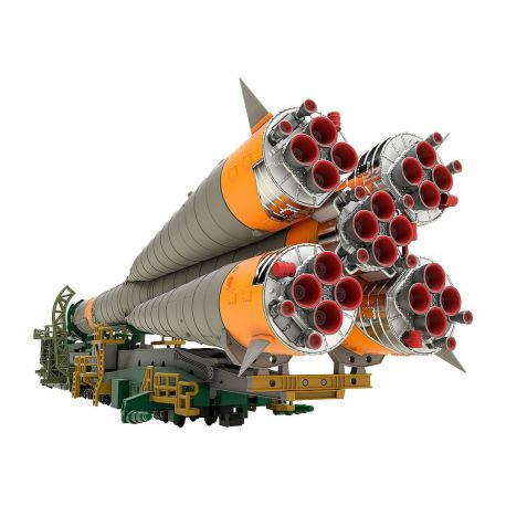 Soyuz Rocket & Transport Train Plastic Model Kit 1/150 Good Smile Company