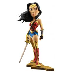 DC Comics figurine Gal Gadot as Wonder Woman Cryptozoic Entertainment