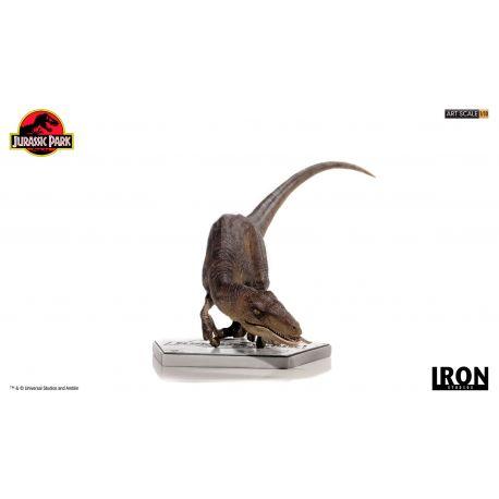 Jurassic Park Statuette 1/10 Art Scale Crouching Velociraptor Iron Studios