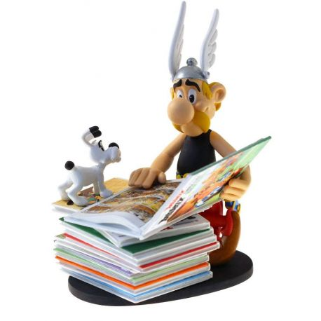 Asterix statuette Collectoys Asterix pile d'albums 2nd Edition Plastoy