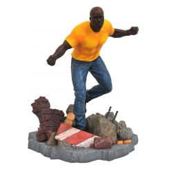 The Defenders Marvel TV Gallery statuette Luke Cage Diamond Select