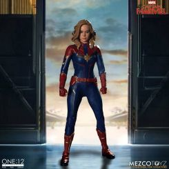 Captain Marvel figurine 1/12 Mezco Toys