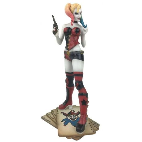 DC Comic Gallery diorama Harley Quinn Diamond Select