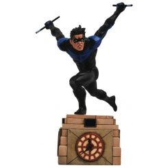 DC Comic Gallery diorama Nightwing Diamond Select