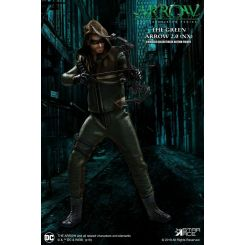 Arrow figurine Real Master Series 1/8 Green Arrow 2.0 Normal Vers. Mezco Toys