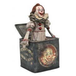 Ça Chapitre 2 Gallery diorama Pennywise in Box Diamond Select