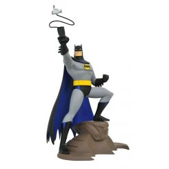 Batman The Animated Series DC TV Gallery statuette Batman with Grappling Gun Diamond Select