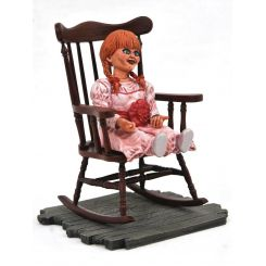 The Conjuring Universe Horror Movie Gallery statuette Annabelle Diamond Select
