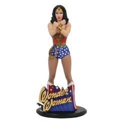 DC Comic Gallery statuette Linda Carter Wonder Woman Diamond Select