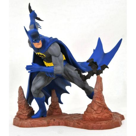 DC Comic Gallery statuette Batman by Neal Adams Exclusive Diamond Select