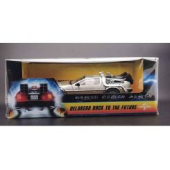 Retour vers le futur 1983 DeLorean 1/18 métal Sun Star Toys