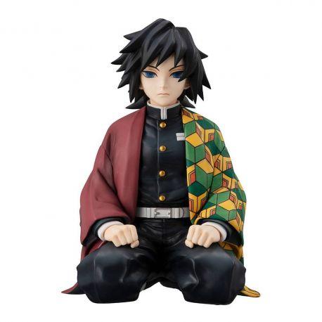 Demon Slayer Kimetsu no Yaiba statuette G.E.M. Shinobu Kocho Palm Size Megahouse